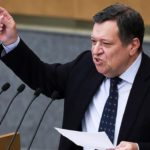 Депутаты Госдумы предложили забирать у не платящих налоги самозанятых весь доход
