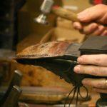 В Слободском мужчина расплатился в обувной мастерской фальшивой купюрой и уехал в Киров