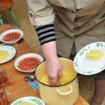 Перед судом предстанет повар детского сада поселка Фаленки: в мае текущего года в заведении заболели сальмонеллёзом 11 детей