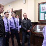 В Кирове сотрудники следкома и кадеты пообщались с Александром Поветкиным и Владимиром Сычевым