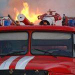 В Арбажском районе в пожаре в рыбацком вагончике погибли двое мужчин: следком проводит проверку