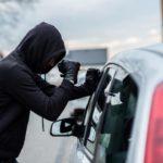 В Орлове 19-летний местный житель с приятелем угнали «Мазду»