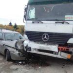 В Верхошижемском районе столкнулись «ВАЗ» и фура: пострадало четыре человека