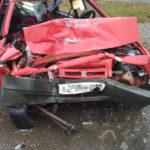 На подъезде к Яранску в лобовом столкновении «девятки» и фуры погиб один человек, еще двое госпитализированы