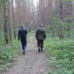 В Оричевском районе местный житель заблудился в лесу: полицейские нашли мужчину только на следующий день