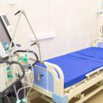 В инфекционной больнице Кирова закончился капитальный ремонт в реанимационном отделении