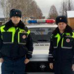В Даровском районе сотрудники ГИБДД спасли пожилого мужчину: полицейские вывели пенсионера из горящего дома и потушили огонь