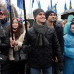 В Кирове отметили День народного единства гражданско-патриотической акцией на Театральной площади