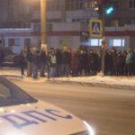 Жители Кирова почтили память погибшей в ДТП 10-летней девочки