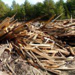 В Шабалинском районе деревообрабатывающая организация незаконно складировала продукцию и отходы на землях сельскохозяйственного назначения