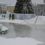 Театральную площадь в Кирове по ошибке полностью превратили в каток