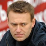 Алексей Навальный выиграл суд у кировских приставов, запретивших ему выезд за границу