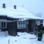 В Омутнинске на пожаре в жилом доме погибла женщина