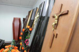 Житель Кирово-Чепецка проник в павильон похоронного предприятия и украл всю выручку