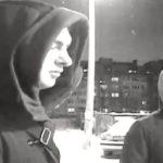 В Кирове молодые люди обманом похитили игровую приставку: устанавливаются личности