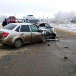 В Сунском районе в столкновении «Лады Гранта» и ВАЗ-21130 погибли две женщины: еще пять человек госпитализированы