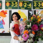 Врачам и учителям хотят запретить принимать любые подарки, кроме цветов