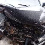 На трассе в Белохолуницком районе столкнулись три автомобиля: один человек госпитализирован