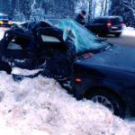 В Сунском районе столкнулись «Лада Приора» и «КАМАЗ»: два человека погибли на месте, еще один госпитализирован