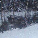 В Кирово-Чепецком районе иномарка перевернулась в кювет