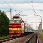 Региональным льготникам продлили право на льготный и бесплатный проезд на железнодорожном транспорте пригородного сообщения