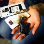 В кировском лицее у школьника взорвался сотовый телефон
