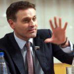 По сообщениям СМИ, в Кирово-Чепецкой колонии сотрудник избил экс-сенатора: врачи диагностировали у Константина Цыбко разрыв кисты левой почки