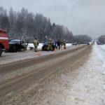 В Мурашинском районе столкнулись «Рено» и «Фольксваген»: погиб один человек