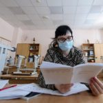 В Кирове 77 классов школ и 16 групп в детских садах закрыты на карантин