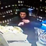 В Кирове мужчина украл новые кроссовки из камеры хранения в магазине