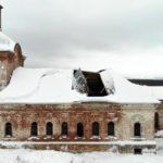 В Кировской области после недавнего ремонта обрушилась крыша церкви