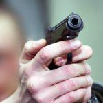 В Куменском районе автоинспекторам пришлось стрелять по колесам, чтобы остановить пьяного лихача