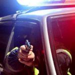 В Кирове полицейские выстрелами остановили автомобиль под управлением пьяного бесправника