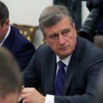 Игорь Васильев подтвердил желание доверить правительство другому чиновнику