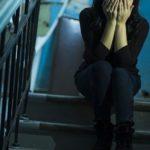 В Кирово-Чепецке местный житель изнасиловал женщину в подъезде