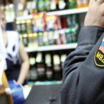 Кировчанин на глазах у продавца выпил залпом украденную бутылку водки