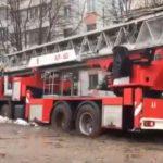 В Кирове пожарная машина, приехавшая на вызов, застряла в грязи