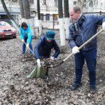 Сотрудники филиала «Кировэнерго» провели субботник по уборке сквера в центре Кирова