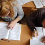 Школьники Кировской области написали контрольные работы по географии, русскому языку и физике