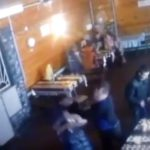 В Котельничском районе мужчина избил посетителей кафе из хулиганских побуждений