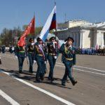 В Кирове в честь Победы на Театральной площади состоялось торжественное шествие