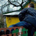 В Кирово-Чепецком районе мужчина украл сотовые телефоны из садового домика