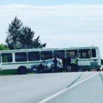 В Кирово-Чепецком районе столкнулись пассажирский автобус и автомобиль