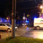В Кирове иномарка столкнулась со «скорой помощью»: два человека получили травмы