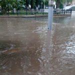 После каждого дождя улицы Кирова тонут в «реках» воды