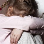 В Омутнинском районе мужчина совершил развратные действия в отношении своих дочерей 4 и 6 лет