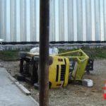 В Дороничах госпитализирован водитель перевернувшегося погрузчика