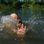 В Кировской области во время купания в реке утонула 9-летняя девочка