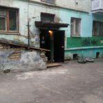 В Кирове жильцам затопленного дома предложили ждать естественного «испарения воды» из подвала