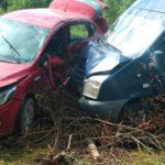 В Оричевском районе столкнулись «Киа Рио» и «Форд Транзит»: пострадали два человека